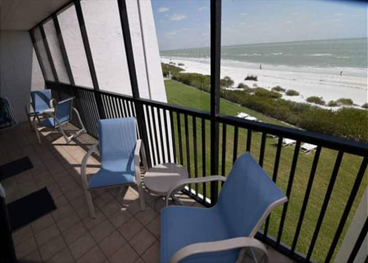 SUNDIAL A306  ONE BEDROOM   DIRECT BEACHFRONT!!