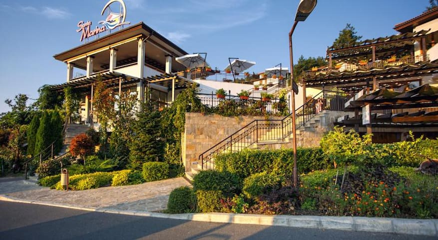 Апартаменты на море Болгария Созополь Санта-Марина - Sozopol