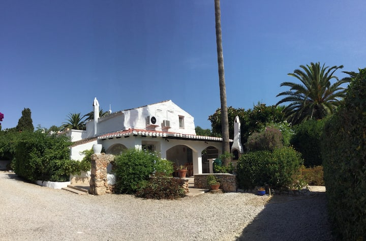 Charming Menorca Farmhouse   4 bed / 3 bathroom
