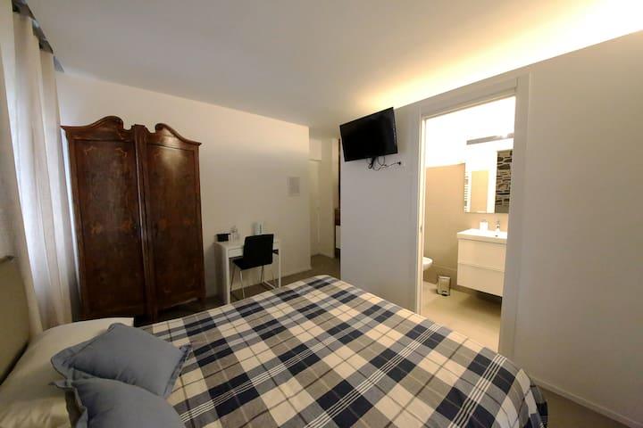 camera matrimoniale Pierre - Aosta - Bed & Breakfast