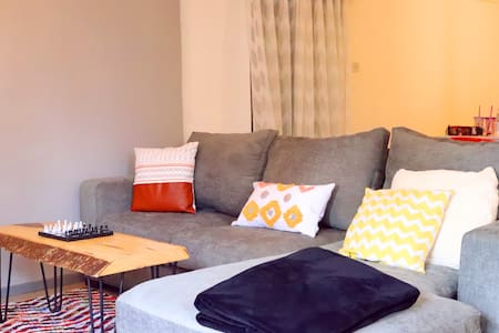 Spacious, tastefully furnished Apartment in Karen