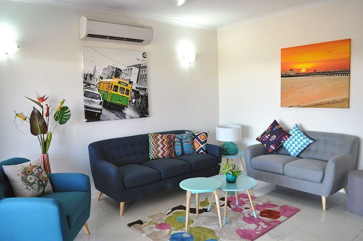 Gateway Villa in Palmerston, CBD (Weekly discount)