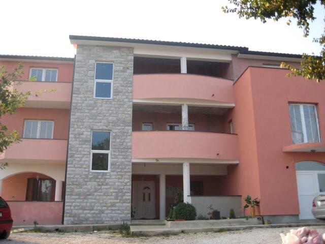 Charming family apartment house - Labin - Rumah