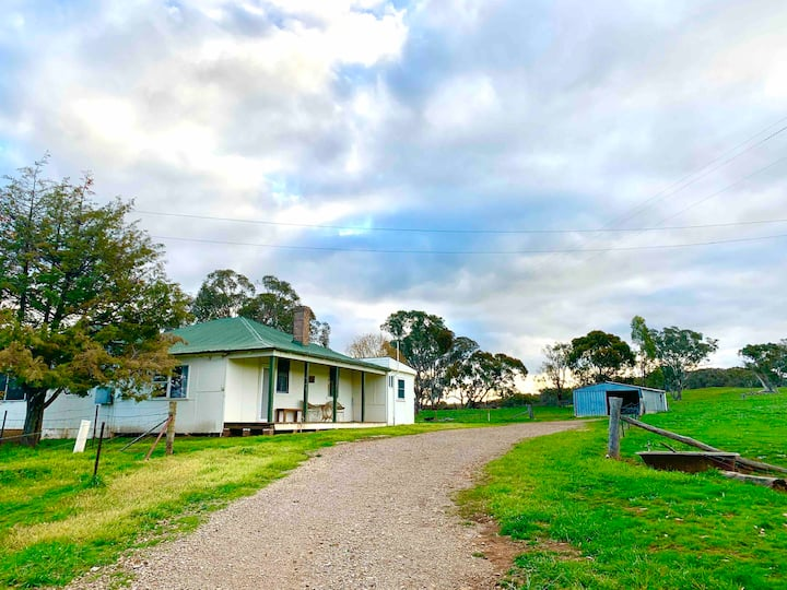 The Wattles | Borenore Escape - Wineries & Caves