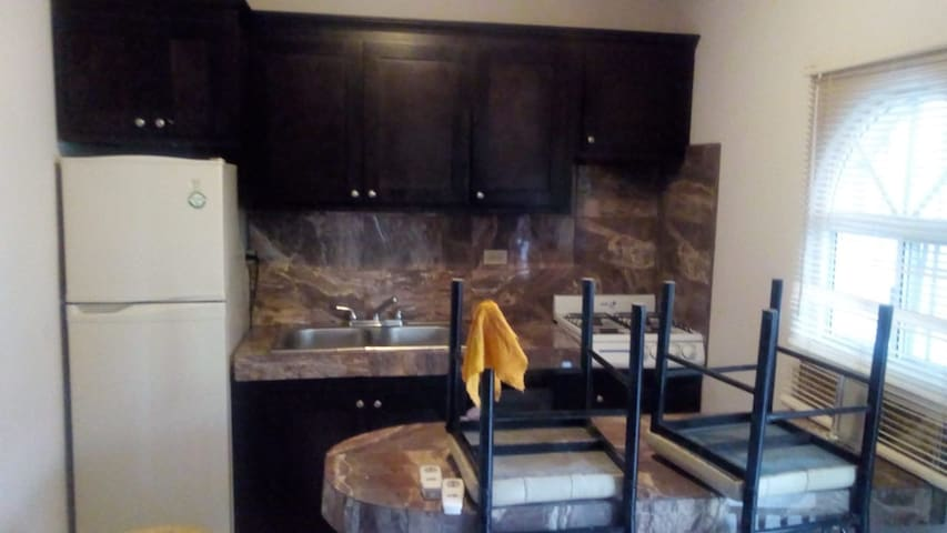 Downtown Calle 11 Apartment w/2 Bedrooms
