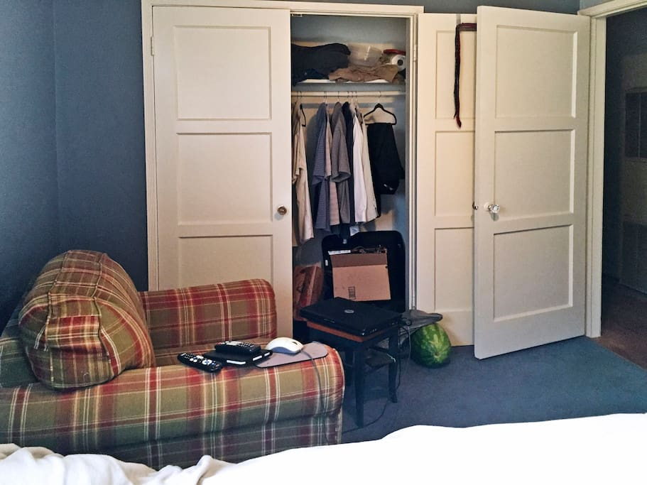 [Private] Bedroom A-Closet Side