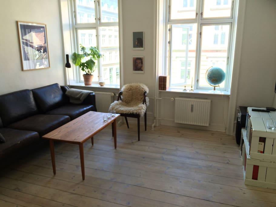 Living room #1