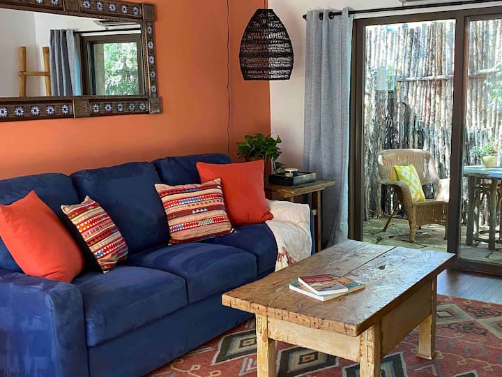Casita Espiritu walking distance to Santa Fe Plaza