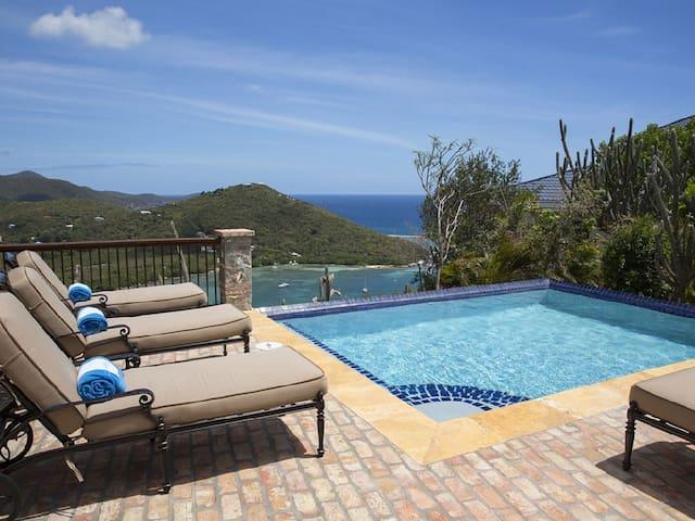Caribbean Palm Villa