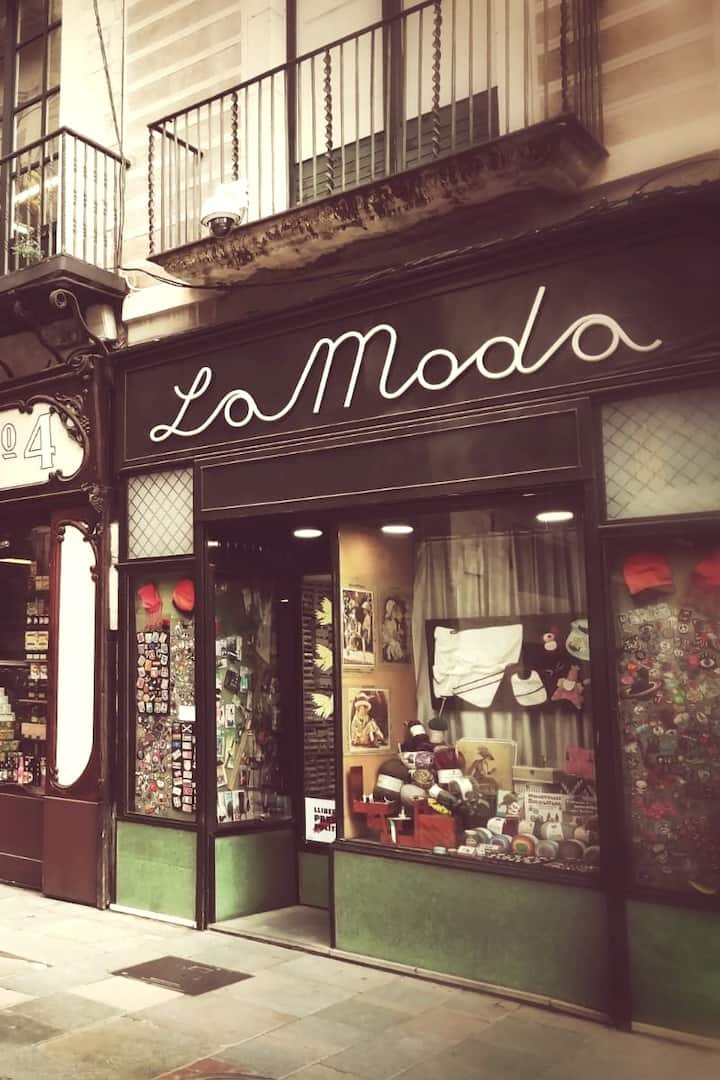 Historical & Emblematic store