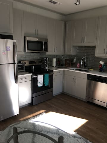 Entire Apartment just a few miles from nightlife - Dallas - Leilighet