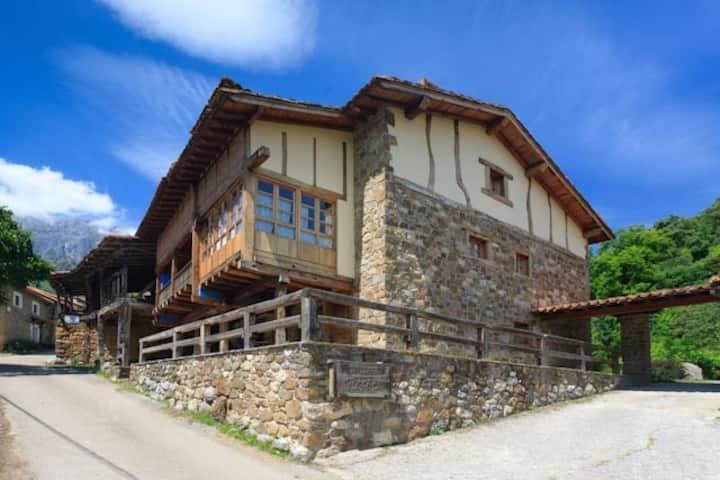 Casa Rural en el Parque Nacional Picos de Europa