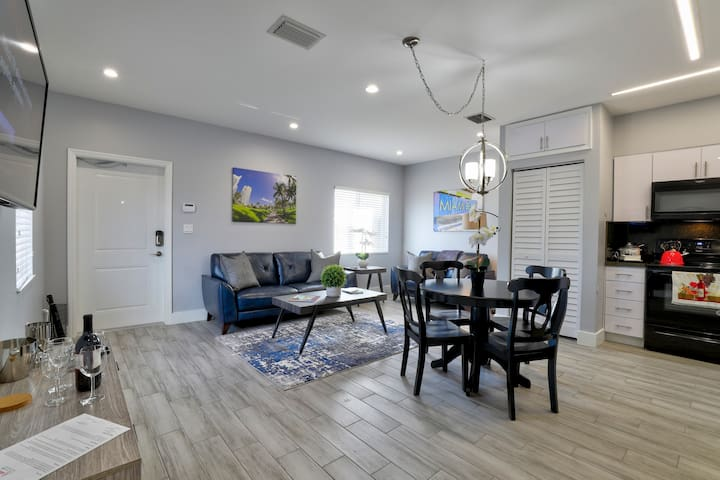 ✹New Construction 2BR in the ♥ of Miami | Unit A✹