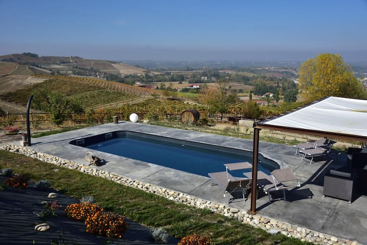 Panoramic country house Langhe Loft