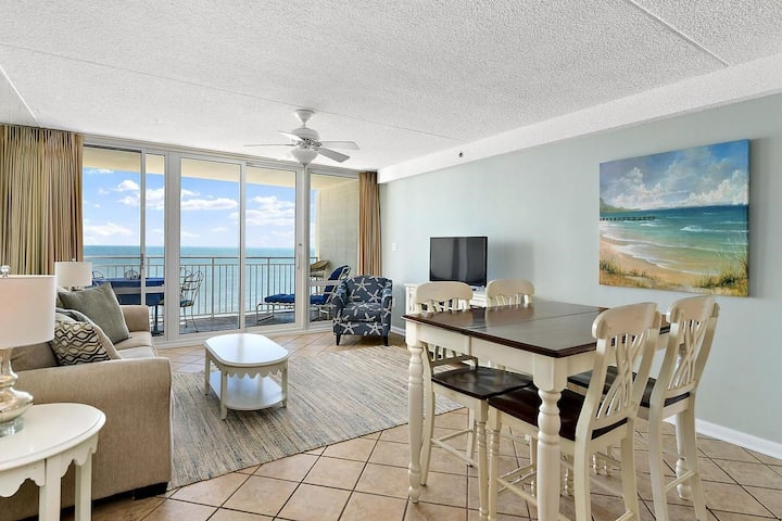 Ocean Front Carousel 2 Bed 2 Bath Many Amenities