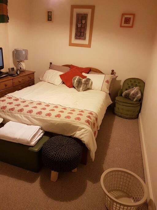 Rooms To Rent In Byfleet