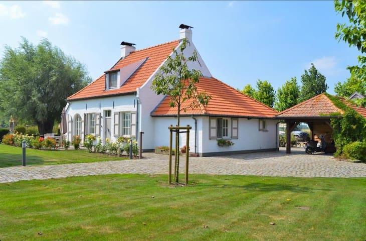"""Charmante vakantie-villa """" De Zoete Rust"""" - Nieuwpoort - Blockhütte"""