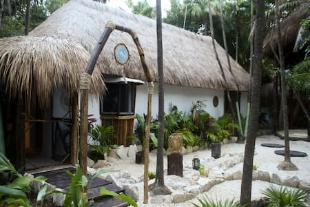 "Bungalow ""Mariposa"" Room & Cenote, Beach Zone"