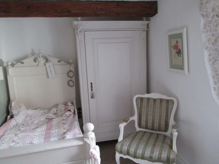 Kleines Zimmer im 1. Stock