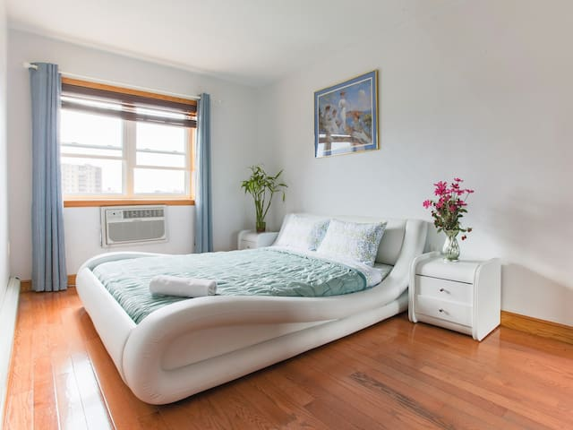 2 beds PH balcony & rooftop close to Manhattan