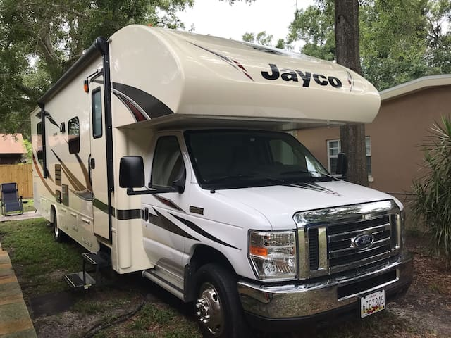 Come enjoy Florida living in a brand new RV.