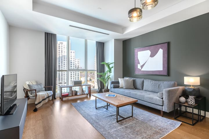Central Mashattan 1BR with Outdoor Pool
