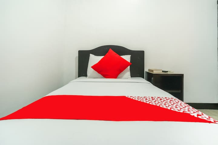 Standard Single @ Stonewood Hotel