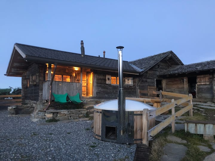 Unique mountain hut - nature experience in comfort