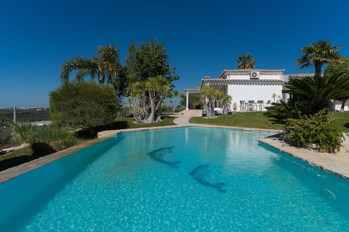 Kaye Villa, Vilamoura, Algarve - Loulé - Villa