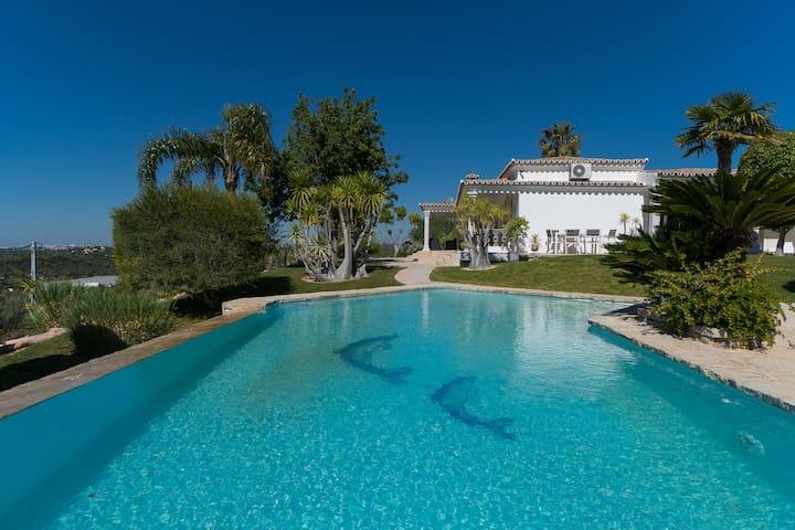 Kaye Villa, Vilamoura, Algarve - Loulé - Vila