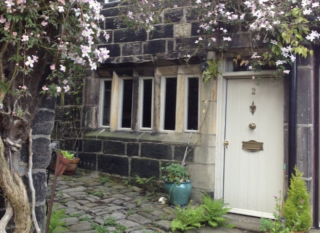 2 Swanfold - Heptonstall - Hus