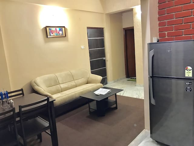 OLIVE Cozy 1 Bed Apt with Kitchen @ Jubilee Hills