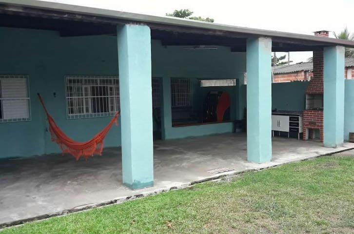 Casa entre Caraguatatuba e São Sebastião