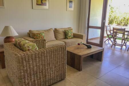 Apartamento terreo Condomino Reserva Imbassaí