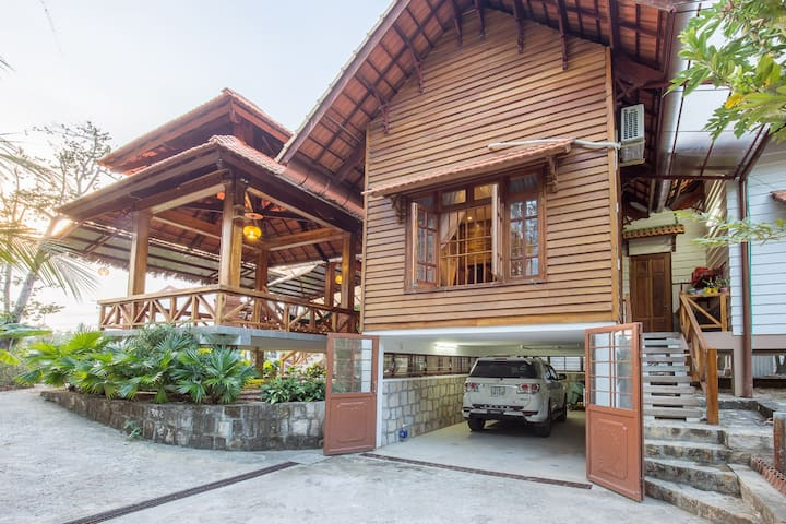 The Garden House Phu Quoc - Wooden Villa