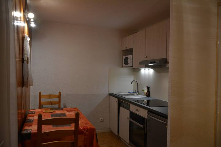 2 rooms cabin 4 people 2* exposed North-West