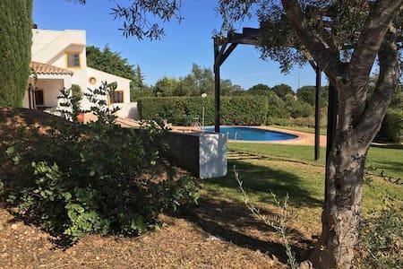 Specious Quinta With Sea Views