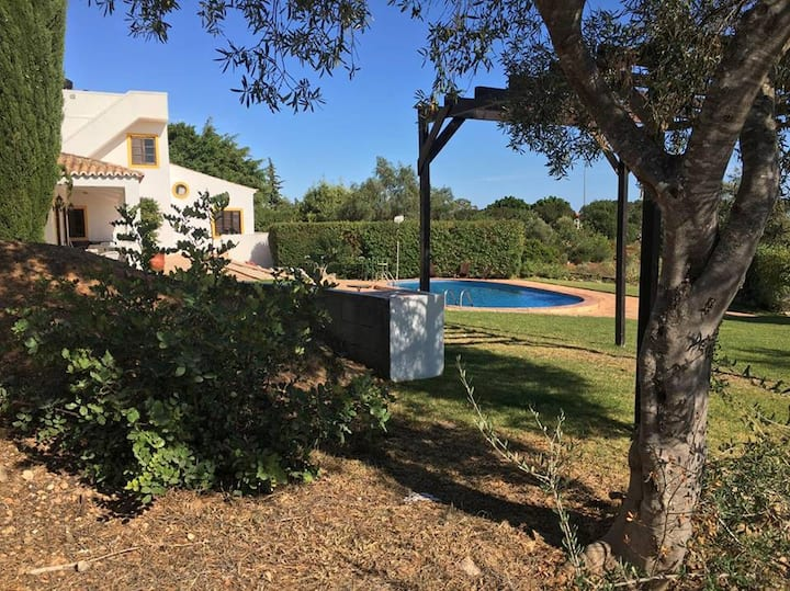 Specious Quinta With Sea Views