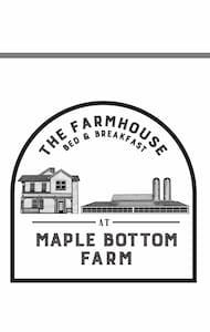 Maple Bottom Farmhouse - AnnaLee room