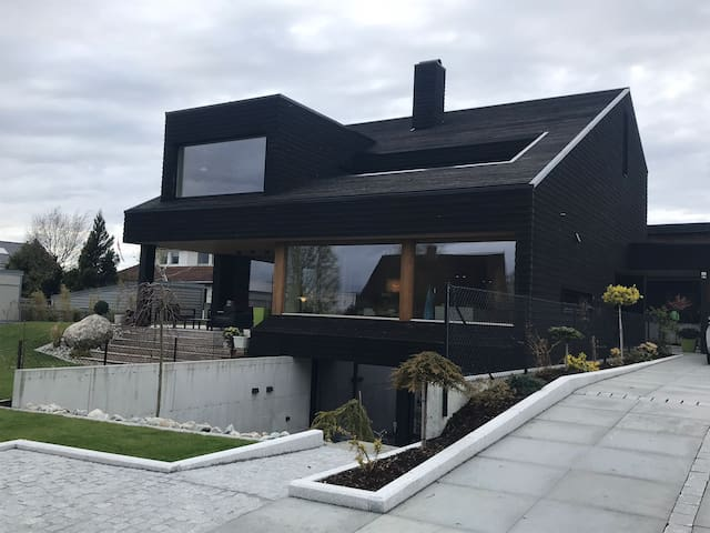 Brand new contemporary flat close to Stavanger!