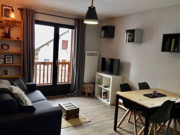 Appartement cocooning, lumineux, vues montagne