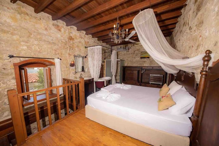 Authentic Stone House in the heart of Bodrum
