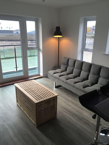 Luxury 2 bed river facing ground floor apartment