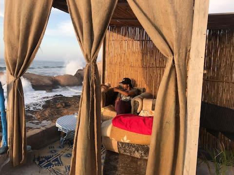 AJARIF ⴰⵊⴰⵔⵉⴼ - Fisherman cabin