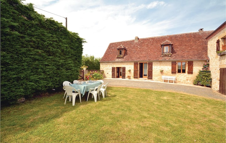 Beautiful home in La-Chapelle-Saint-Jean with 2 Bedrooms