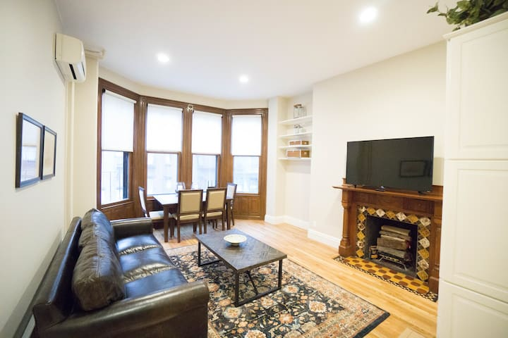 Brand New One Bedroom in Back Bay