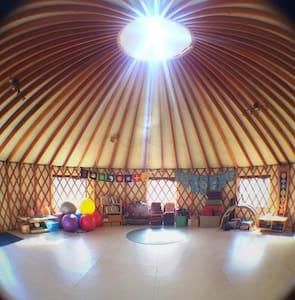 Living Yoga Yurt - Yurt
