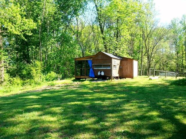 Retro Camper Cabin