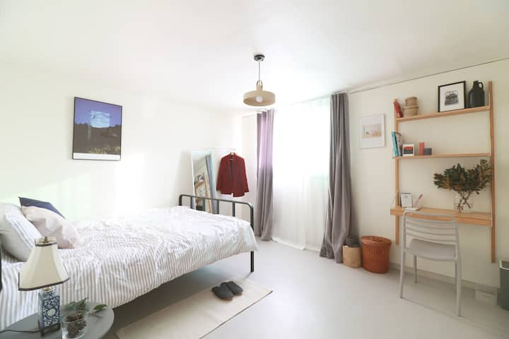*OPENING* Cozy+Stylish 2br Next to Itaewon Station