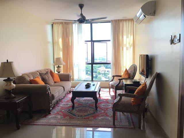 Convenient Vista Homestay - Shah Alam - Departamento